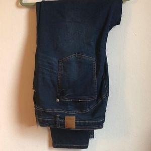 Eloquii Peach Lift Distressed Skinny Jean
